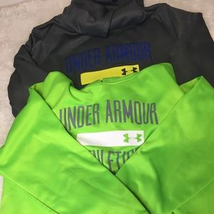 Under Armour Boys Lot Of Two Youth X Large